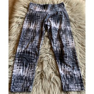 Onzie Capris Leggings XS